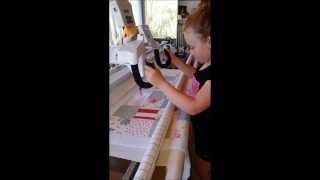 my girls using the handiquilter avante q18 longarm and quilting for the first time december 2013