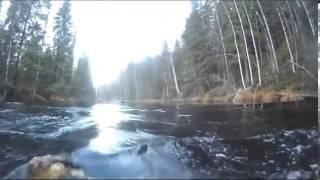 Нереальный прыжок с трамплина на мотоцикле в реку