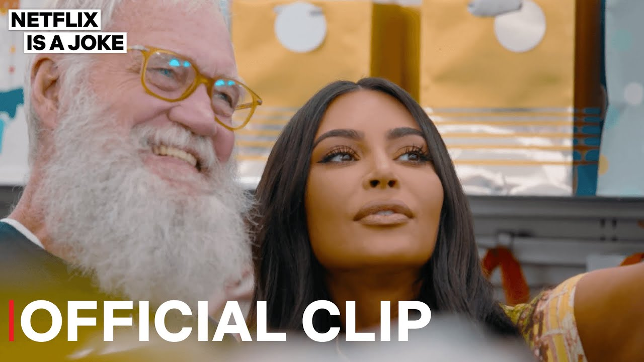 Kim Kardashian Teaches David Letterman How To Selfie