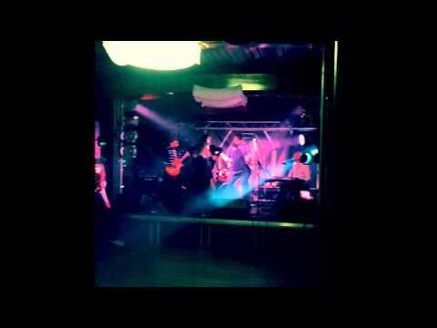 Ground Control - Burning Wishes (live at Lisboa Marina)