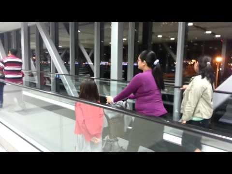Dubai mall metro station link 820m