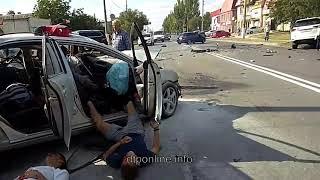 Смотреть видео Смертельная авария  на проспекте Ленина в Волжском онлайн