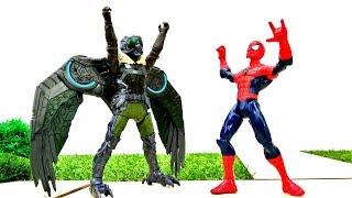 Супергерои: Человек Паук против Стервятника: антигравитация в городе.
