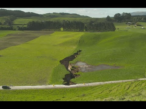 Massive sinkhole on farm just going to get bigger  - GNS
