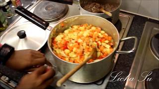 How To Make Meatpie & Stuffing