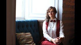 Ведущая на свадьбу в Москве Евгения Резниченко-та самая ведущая...