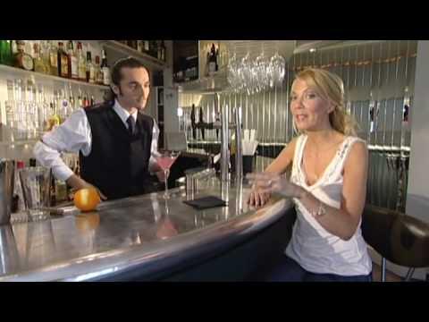 Cocktails: Cosmopolitan