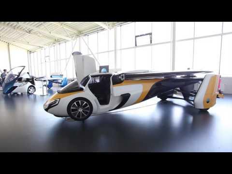Takto vyzerá nový Aeromobil, prvé dodávky sľubuje v roku 2020