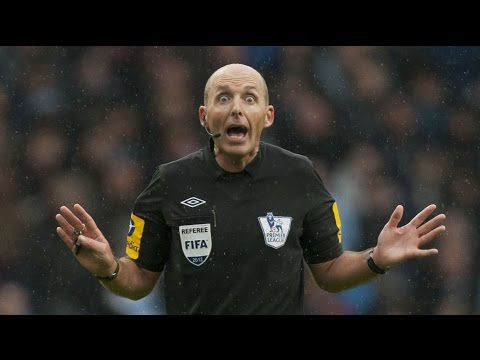 Mike Dean Is A F*****G IDIOT (West Ham 0-2 Man United)