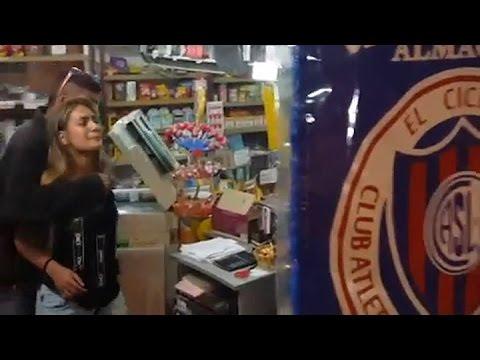 Fanático del Indio Solari se quedó sin plata y robó un kiosco