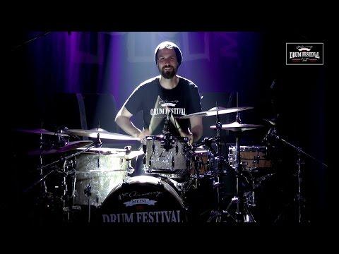 "MEINL DRUM FESTIVAL 2015 – Benny Greb's Moving Parts – ""Nodding Hill"" & Benny's drumsolo"