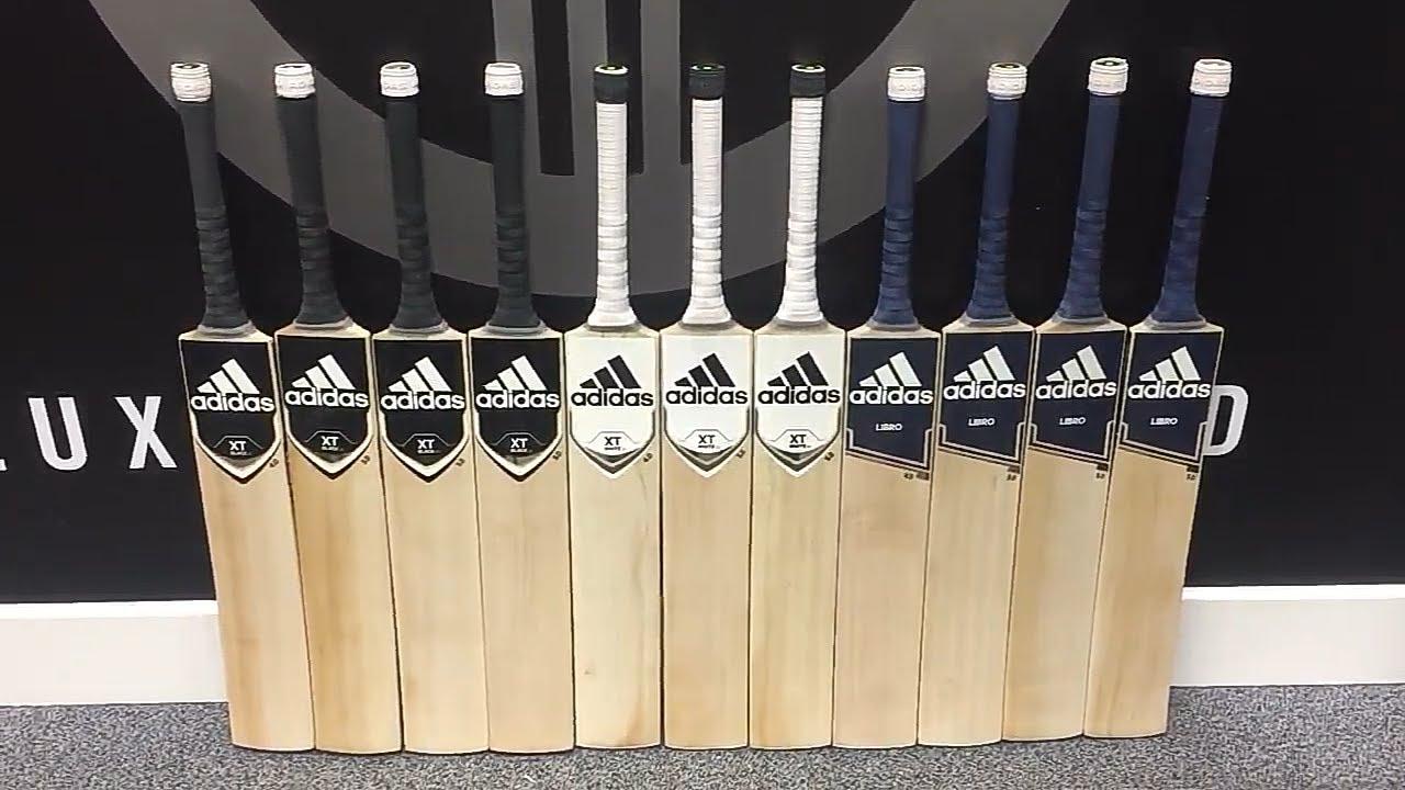 XT Black 4.0 Cricket Bat 2019