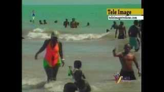 Repeat youtube video HAITI CARNAVAL VILLE DES CAYES 2012 - PLAGE GELEE