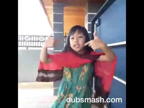 Shafiqa Winata Gaya Lips Sing Super Heboh
