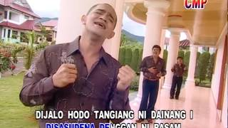 Download Lagu Trio Relasi - Podami Na Sai Huingot Inang (Official Music Video) mp3