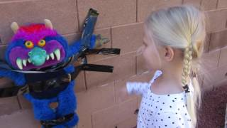 BABY ALIVE Sophie+IRON MAN Stick Bad My Pet Monster to Wall+Monster hurt Kara Real Surprises Doll