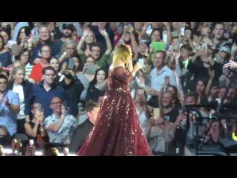 Adele - Hello - (Show Opener) - Sydney ANZ Stadium 11/03/17