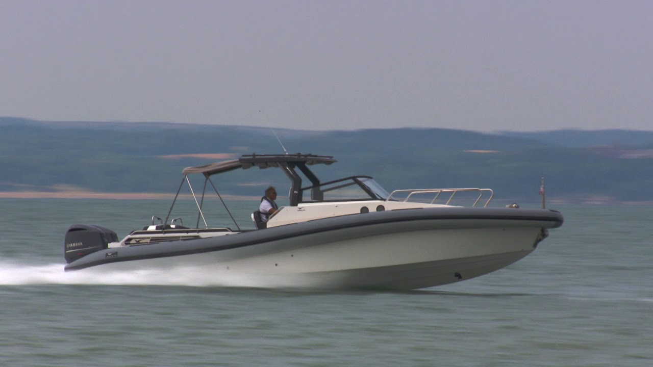 Williams Marine & Watersports - AGAPI 950