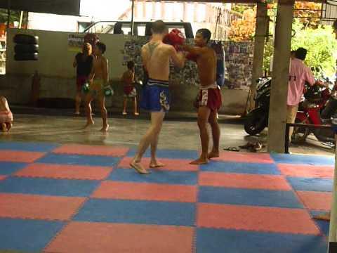 Rafi singpatong Raphael Bohic training