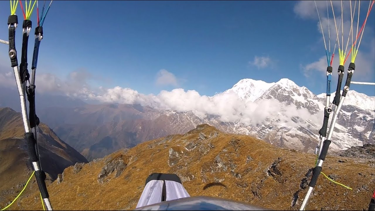 Mardi Himal hike and fly - paragliding in Nepal