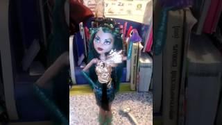 """Кукла Монстер Хай из серии """"Буерк Буерк""""."""