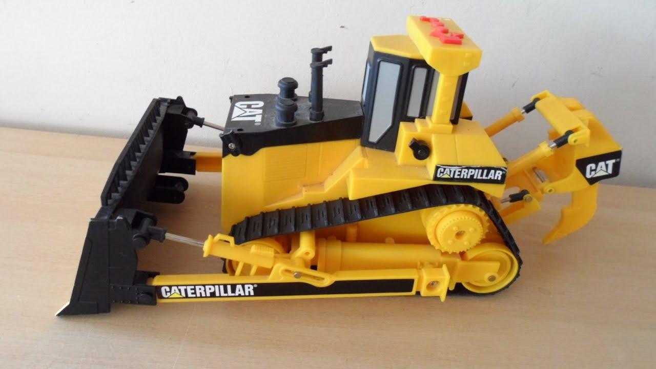 Cat Motorized Bulldozer Toy