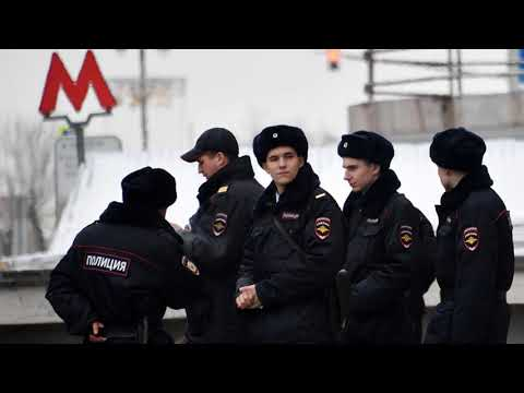 В Москве и Петербурге сообщили о минировании десятков станций метро