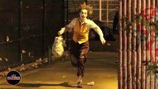 New Footage of Joaquin Phoenix Filming 'Joker' in a Rainy NY Alley