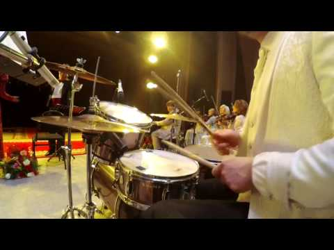 РОЗА РЫМБАЕВА - Ертеңіме сенемін LIVE 2016 ( Drum Cam )