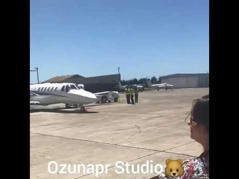 Ozuna de vacasions Celebrando cumpleaños de Esposa Taina 2017