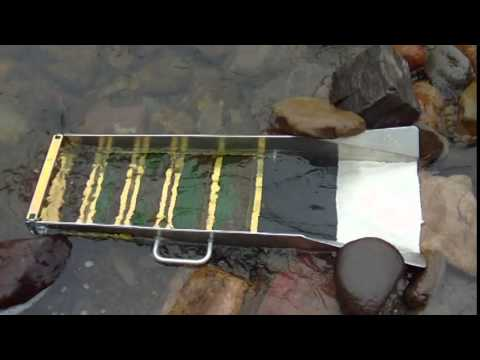 Sluicing and Panning Stewiacke River NS (Jul 2014)