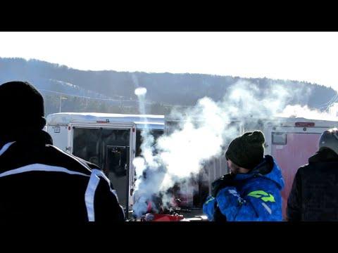 OUTLAW SNOWMOBILE BLOWING SMOKE RINGS? | Jason Asselin
