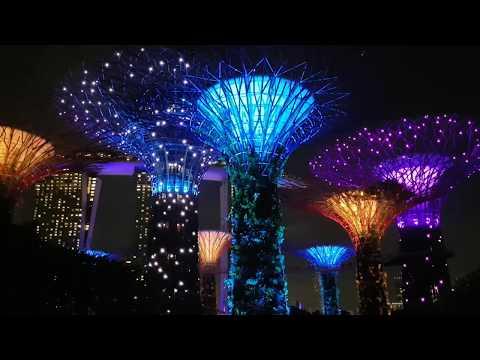 Garden Rhapsody Light Show at Gardens by the Bay Singapore 2018 Full HD