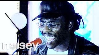 Catching Up With Dev Hynes - Noisey Specials #17
