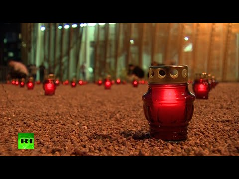 Candles Lit: Russia mourns Beslan school siege victims, September 2, 2014 - RT  - 17xlktY14NM -