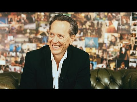Bow Street Meets - Richard E. Grant - YouTube