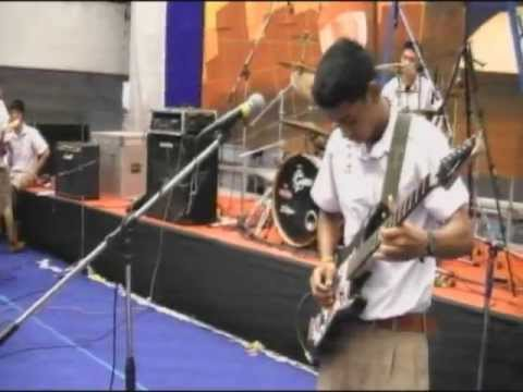 BRR 121 Music String  Chum