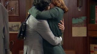 Jaime se lanza descontroladamente a los brazos de Nuria