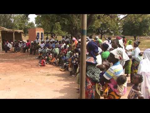 Mini-foire d'échange de bonnes pratiques à Founzan, Burkina Faso, Décembre 2012
