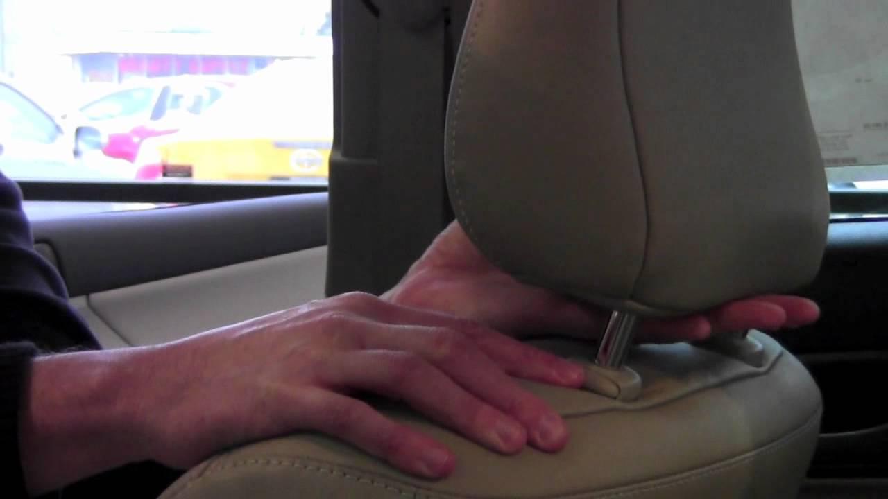 Honda Accord: Adjust the Head Restraints