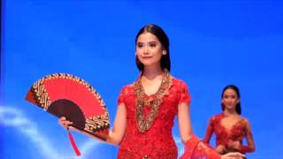 Video celebes fashion week 2016 by anne avantie  at makassar download MP3, 3GP, MP4, WEBM, AVI, FLV Agustus 2018