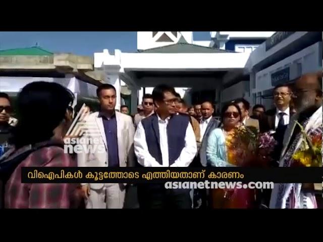 Woman doctor blasts Alphons Kannanthanam after her flight got delayed