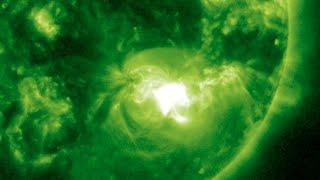 M5 Solar Flare, Volcano, Severe Weather | S0 News Sept 28, 2014