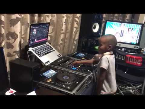 Dj Arch Jnr Trying To Impersonate One of His Idols Dj Shimza