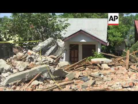 Scenes of quake devastation in Indonesia