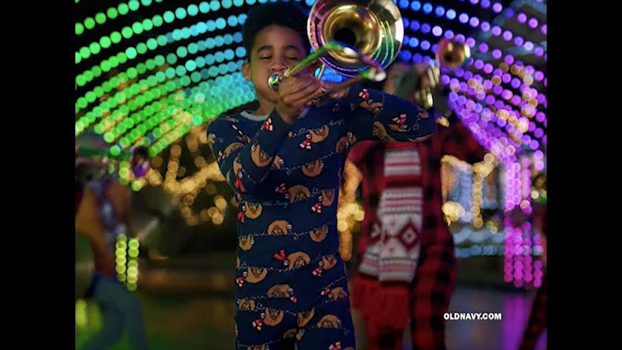 Jingle Jammies Are Our Jam!💫 | Old Navy (:15) - YouTube