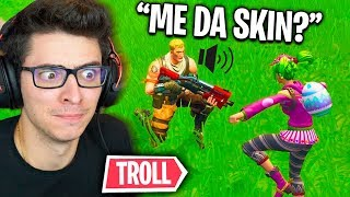 FINGI BE POOR AND A CHILD GAVE ME SKIN AT FORTNITE!!