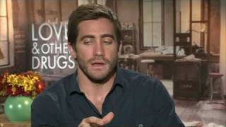 Jake Gylenhaal, Anne Hathaway talk nudity in 'Love and Other Drugs'