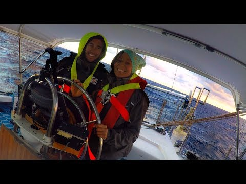PROBLEMS AT SEA & 50 KNOTS! 9 Days to New Caledonia - Sailin