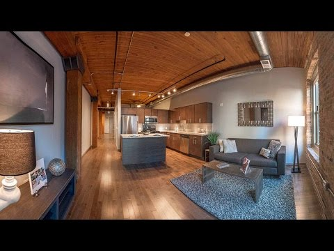 Tour a Streeterville one-bedroom at The Lofts at River East